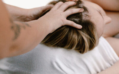 Benefits of postpartum massage in your 4th trimester